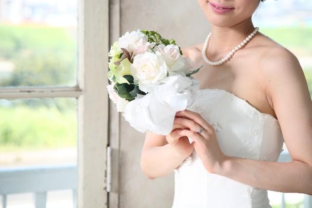 私の結婚式。招待した既婚子蟻の同期A「私たちの席、ひとつしかないのよ!」→結果www