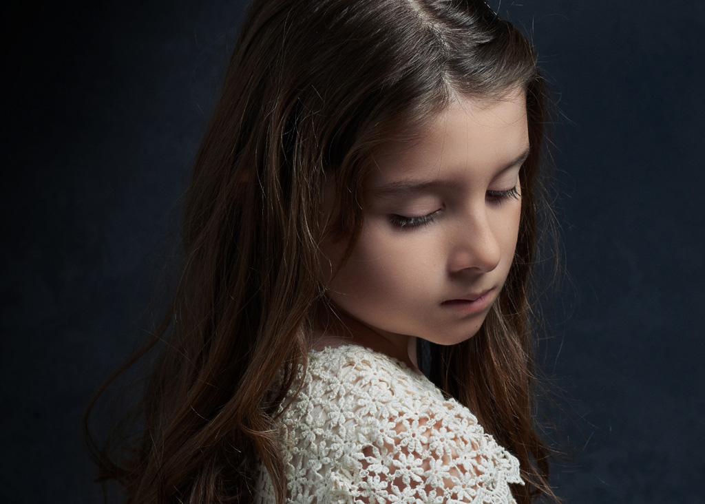 週に2回ほど学校を休んでた娘が、帰宅した途端に号泣 → 娘宛のメールを見せられて愕然とした…